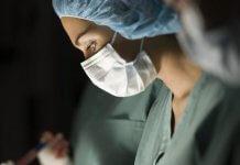 Приамурским медикам повысили оклады, а зарплаты уменьшили