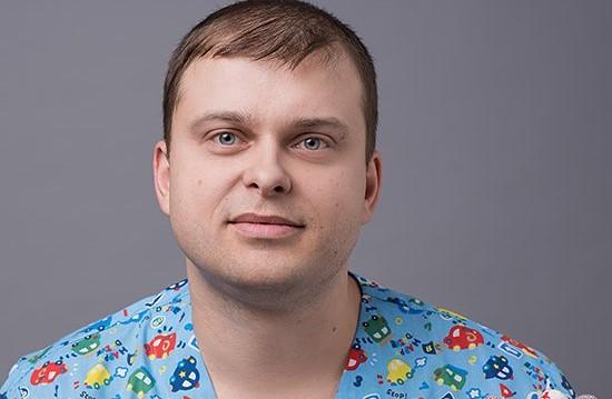 Педиатр Сергей Бутрий