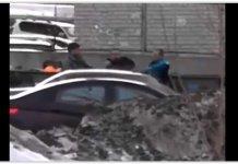 Саратовец заблокировал проезд «скорой» с ребёнком и ввязался в драку с её водителем