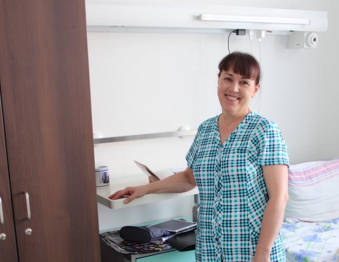 Тюменские нейрохирурги провели сложную операцию, полностью удалив опухоль нерва