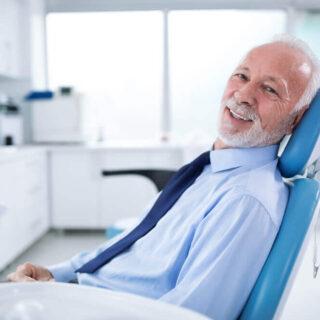 В каких случаях нужны металлокерамические коронки на импланте
