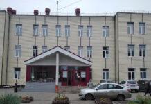 Челябинский Горздрав пообещал индивидуально проверить жалобы врачей на зарплату