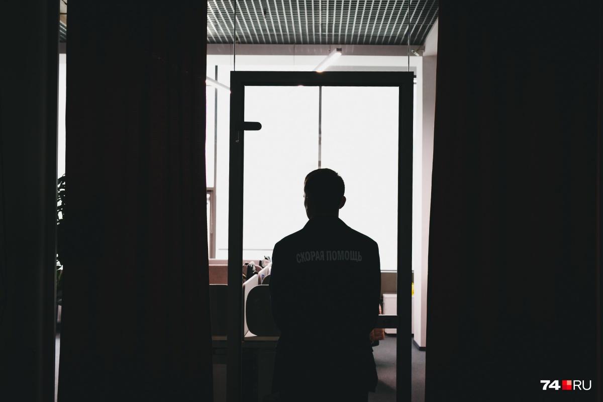 Фельдшер «скорой»: Несмотря на усталость, на боль в спине и голод, ты не имеешь права на ошибку