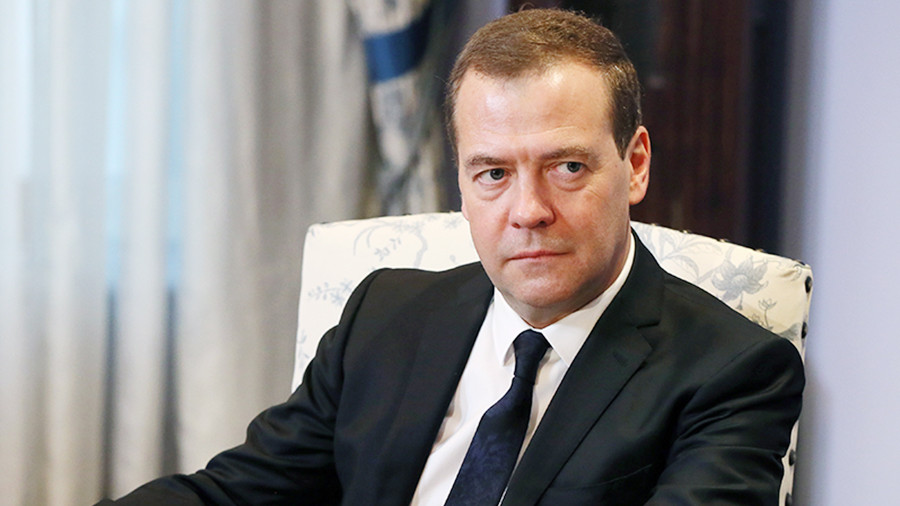 Медведев анонсировал всероссийскую диспансеризацию сроком в два года