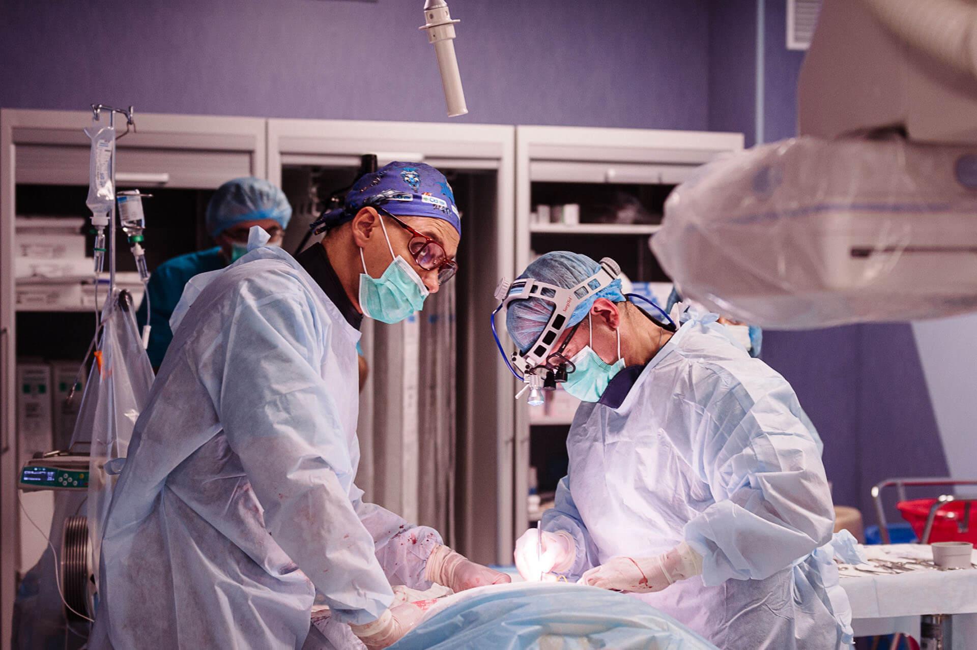 Краснодарские хирурги впервые удалили две опухоли сразу лапароскопическим путём