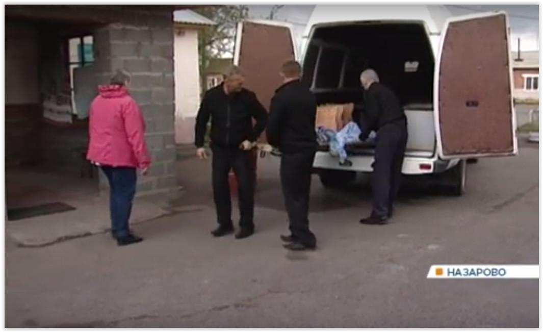 В Красноярском городе лежачих больных возят на процедуры в катафалке