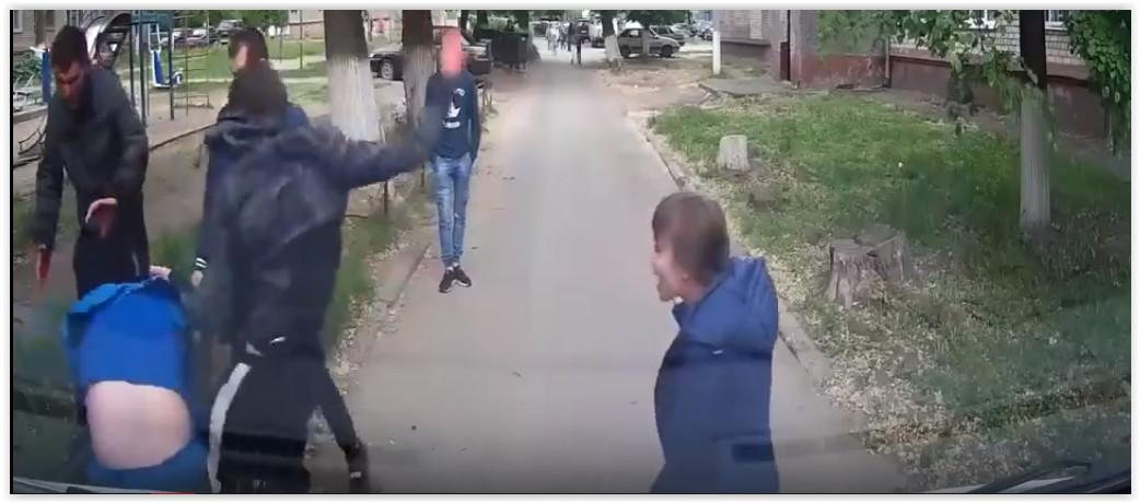 """Напавших на медика """"скорой"""" оштрафовали только за мелкое хулиганство"""