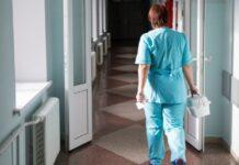 Врачей ЛОР-отделения увольняют за отказ перейти на ставку дежуранта