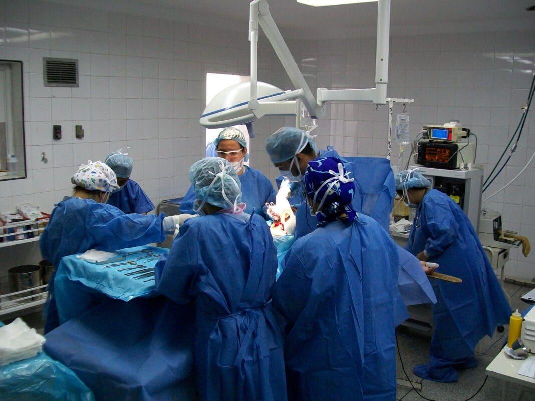 Краснодарские хирурги сохранили от ампутации ногу пациентке с тяжёлой травмой