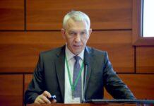 Гендиректор НМИЦ предложил новую парадигму медпомощи пожилым пациентам