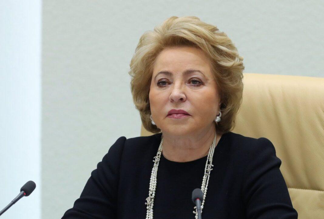 Валентина Матвиенко заявила, что нужно защищать врачей