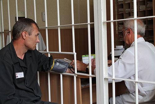 ФСИН предложила передать тюремную медицину Минздраву
