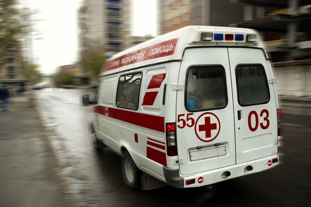 """""""Скорую"""" взяли в заложники и потребовали оживить пациента"""