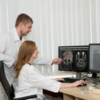 Обучение МРТ-диагностике у экспертов