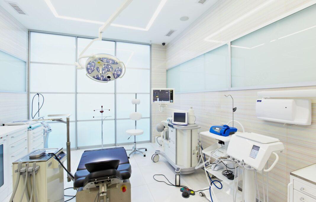 Частные клиники контролируются слабо и живут вольготно