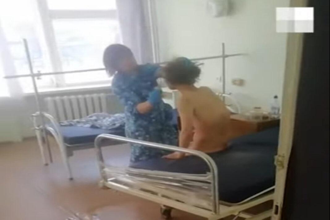 "Главврача уволили после ""грязного"" скандала"