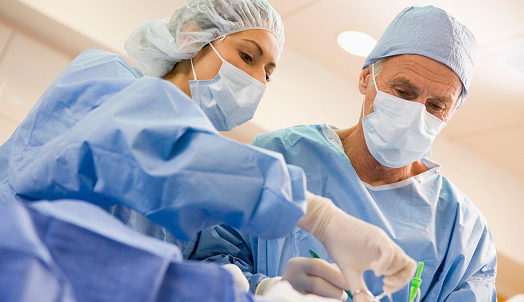 Главврача больницы оштрафовали за невыплату сверхурочных
