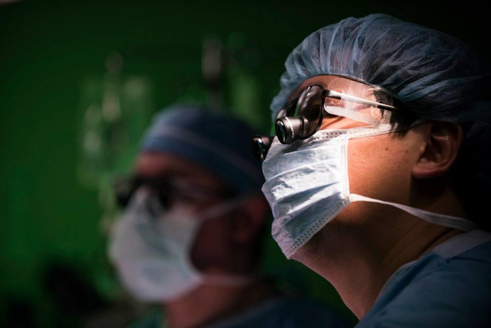 Хирурги предложили ужесточить требования к врачам-экспертам