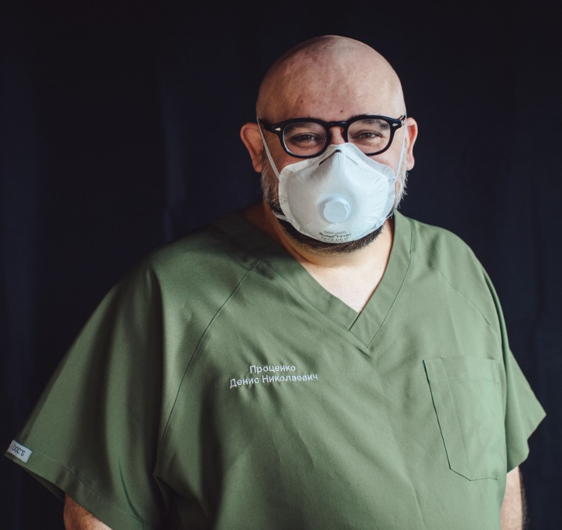 Главврач больницы в Коммунарке изолировался с коронавирусом в своём кабинете