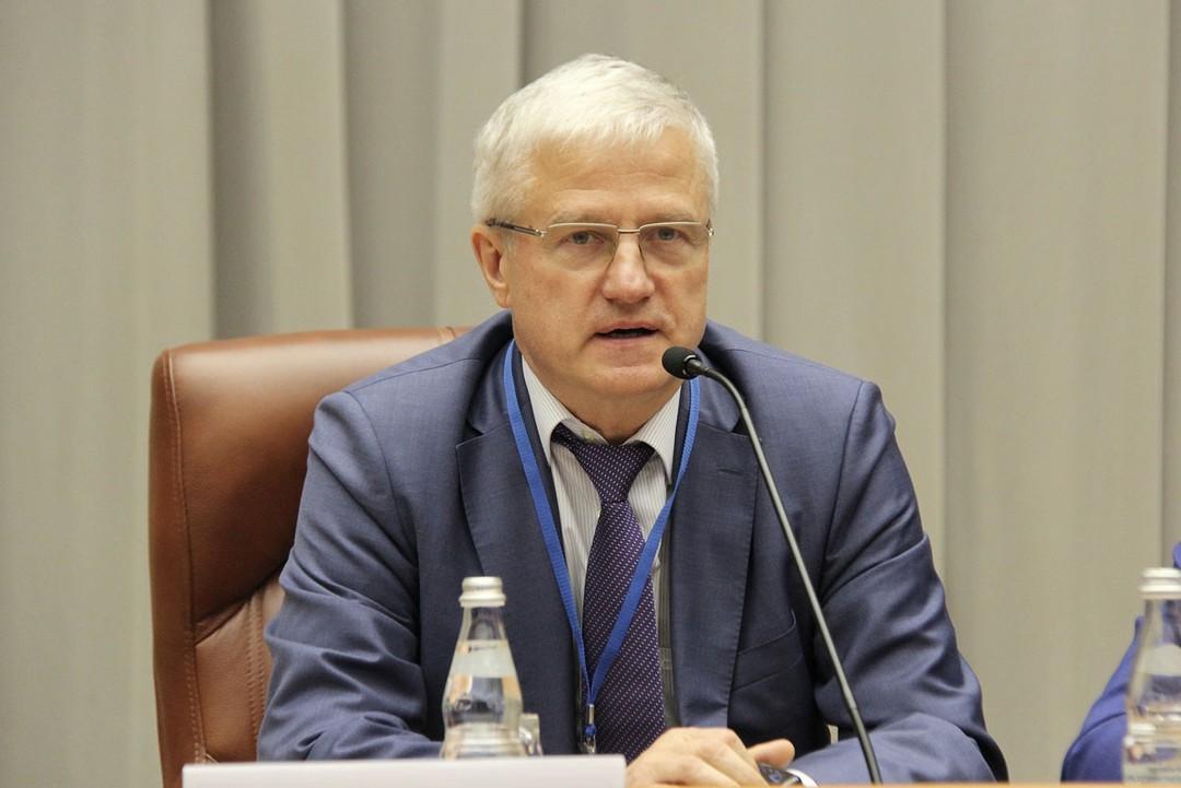 Багненко отреагировал на избиение фельдшера словами о просветительстве населения