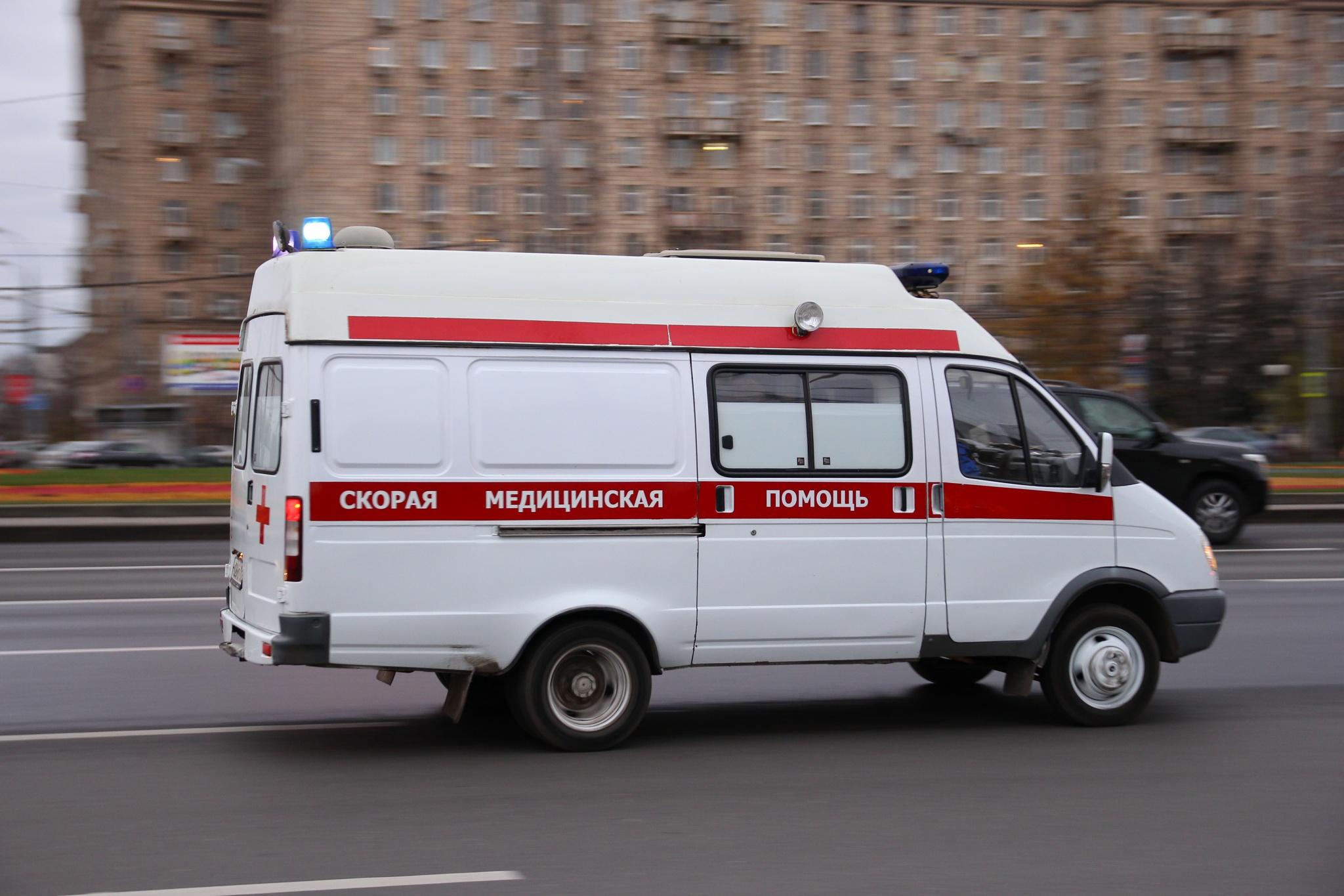 Фельдшеры «скорой» во Владимире на подозрение коронавируса ездят без спецодежды
