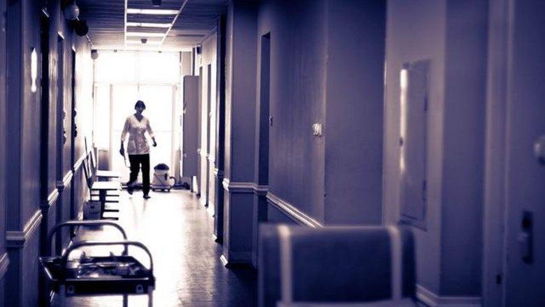 Количество вакансий в медучреждениях из-за пандемии выросло в два раза