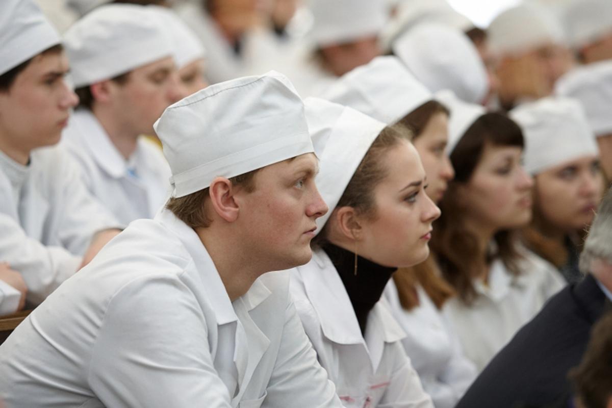 Нельзя угрозами заставлять студентов-медиков работать с COVID-19