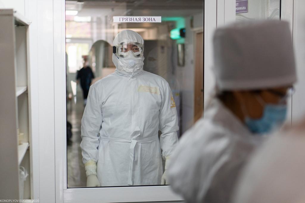 «Чиновники от здравоохранения в рекордно короткие сроки развалили всю систему»