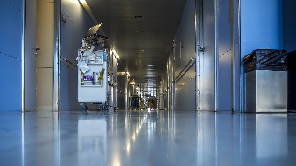 В НИИ скорой помощи коронавирус подтвердили у 111 сотрудников