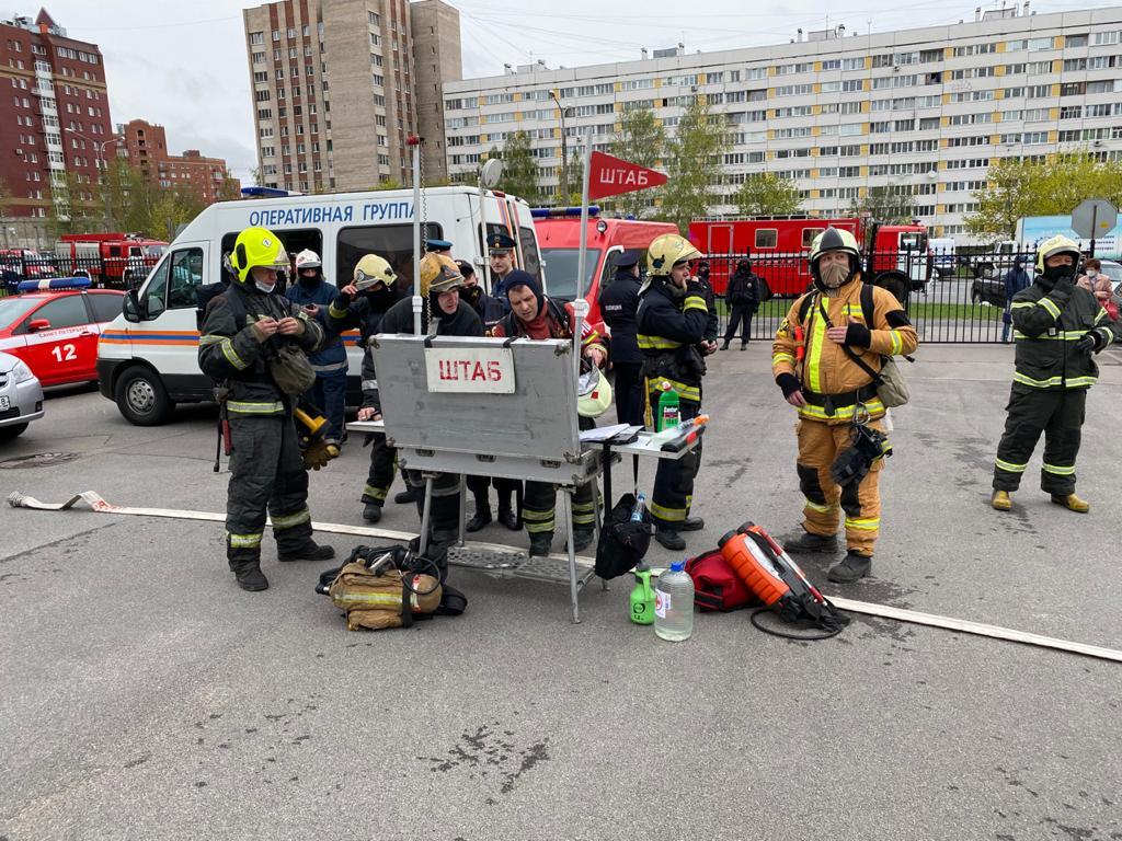 При пожаре в петербургской больнице из-за неполадки в аппарате ИВЛ погибли пятеро