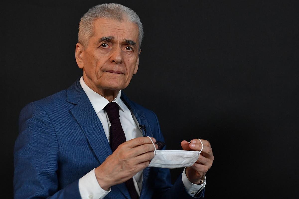 Онищенко предложил «заткнуться» СМИ, которые устраивают «пляски на костях» умерших врачей