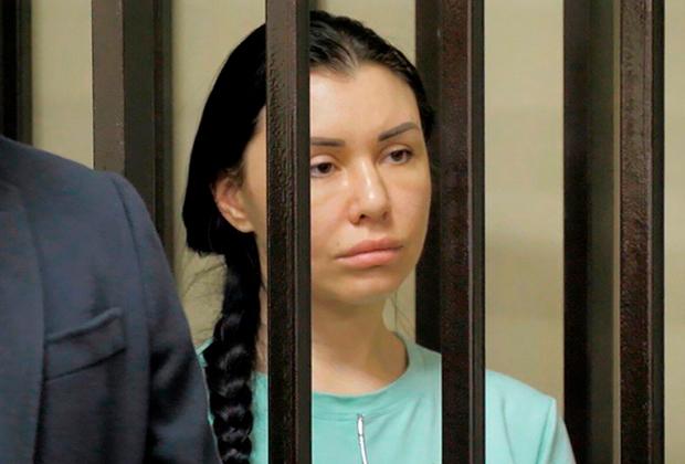 Москвичка купила врачебный диплом и работала пластическим хирургом четыре года