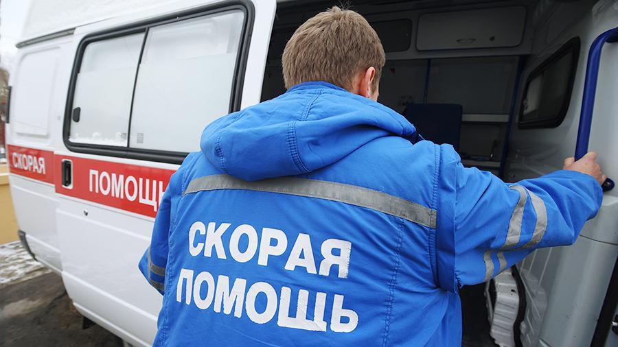 Фельдшер скорой помощи получила 259 рублей за работу с коронавирусом