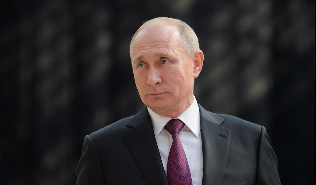 Путин поручил возобновить плановую медицинскую помощь