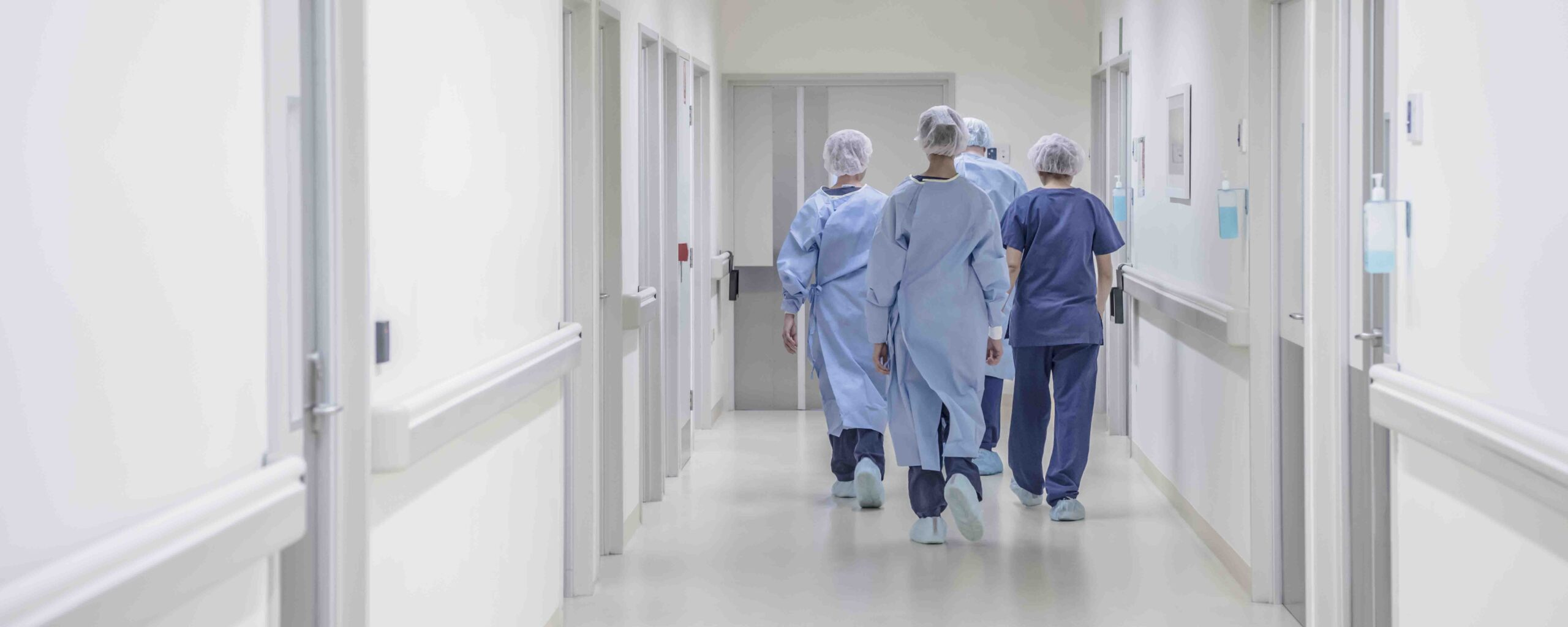 «Маленькие зарплаты и большие нагрузки на врачей не связаны с моделью страховой медицины»