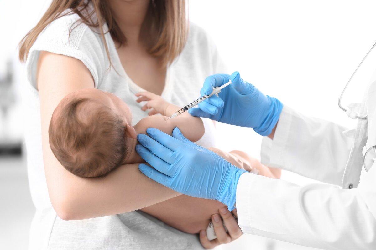 Морозов призвал тщательно расследовать каждый случай осложнений от прививок