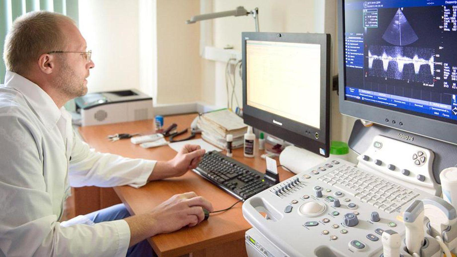 Телемедицину и медицинские устройства предложили погрузить в ОМС