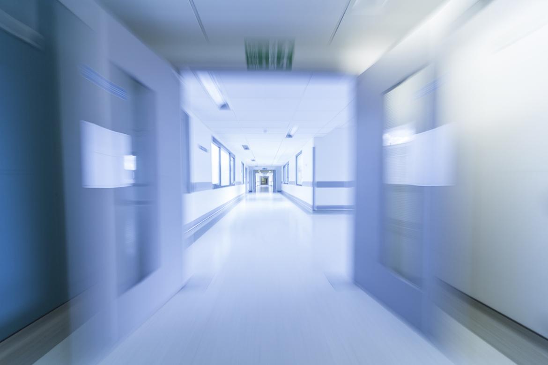 На Урале врачи частной клиники увольняются из-за невыплат за работу с COVID