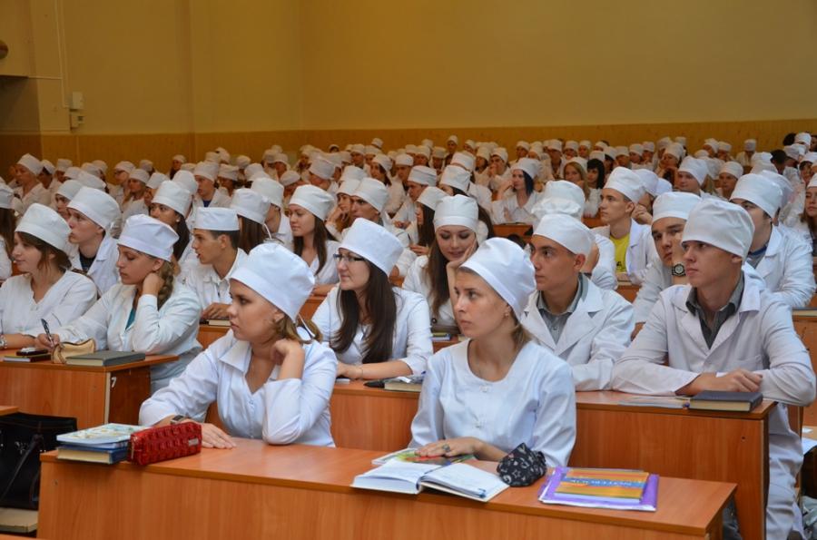 Количество желающих стать врачами выпускников снизилось