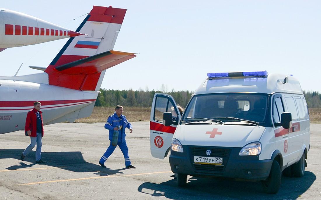 В России предложили включить в экипажи самолётов врачей