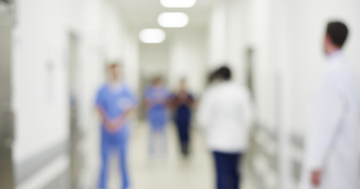 Коллектив врачей больницы имени Семашко обратился к активисту профсоюза «Действие» Елене Шураевой с просьбой «дать им спокойно работать и спасать человеческие жизни».