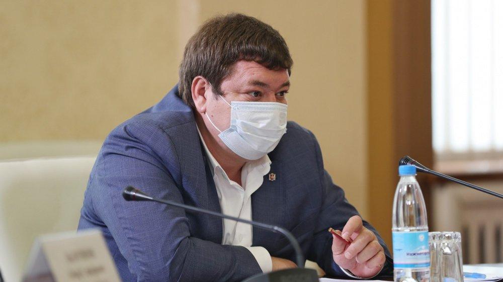 Министра здравоохранения Крыма уволили после пациентских жалоб на врачей за отказ в госпитализации