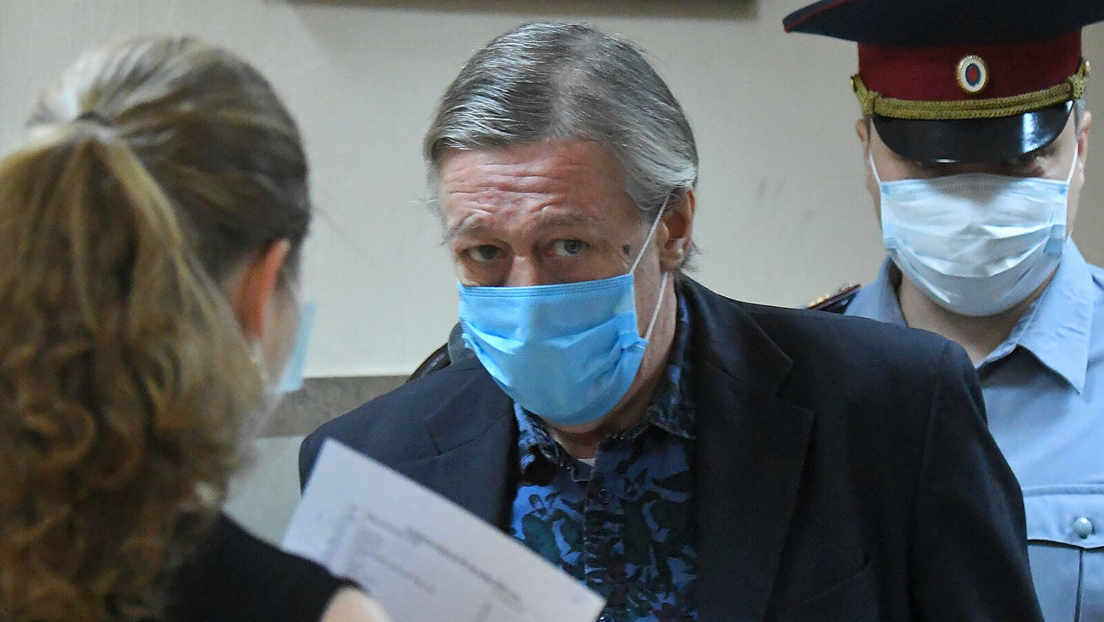 Защита Ефремова пыталась обвинить врачей в смерти Захарова