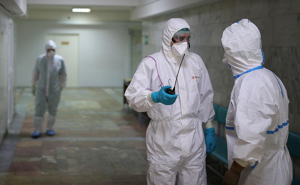 В России коечный фонд для больных коронавирусом заполнен на 90%