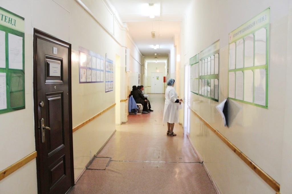«Участковые врачи приходят, но идут с большим опозданием»