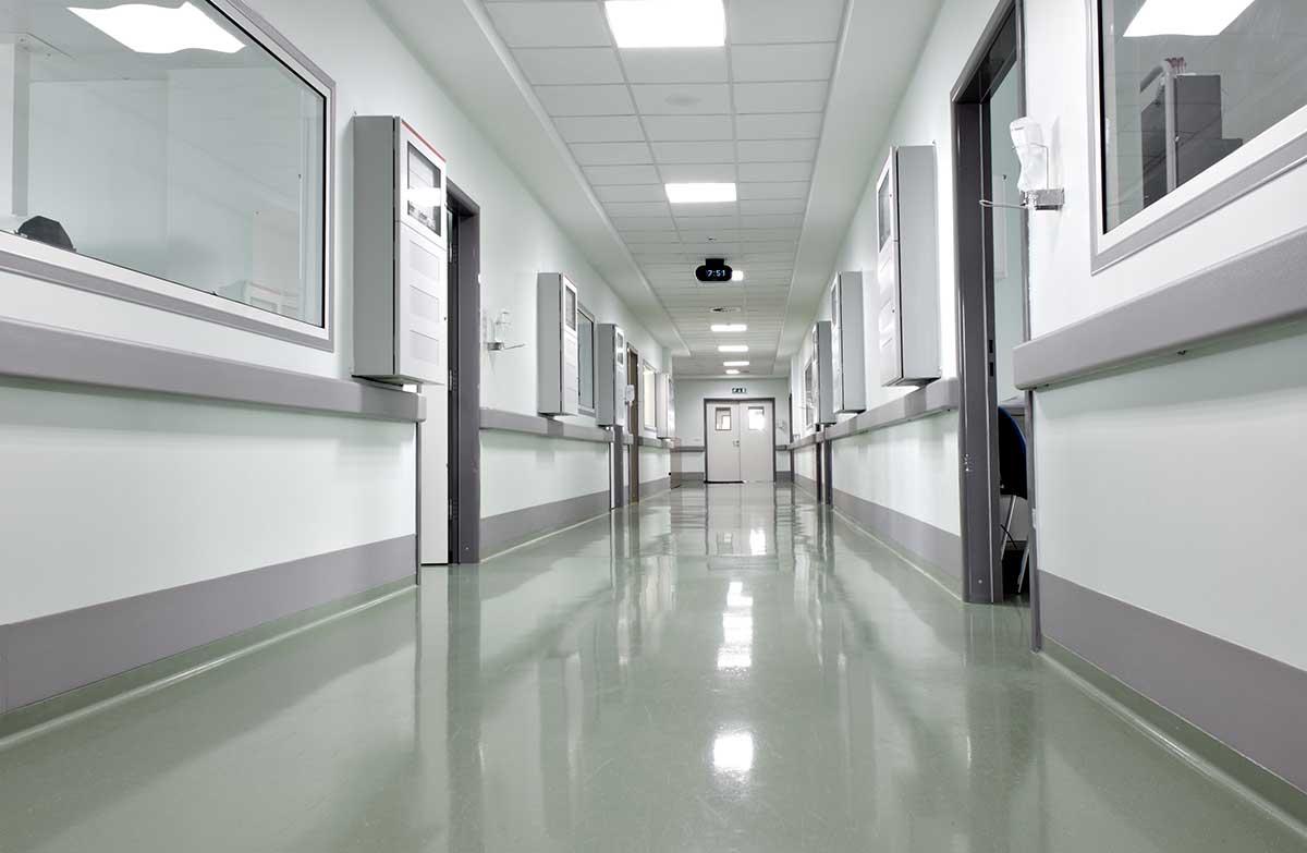 В Томской области на больничном находятся 168 медиков «скорой»