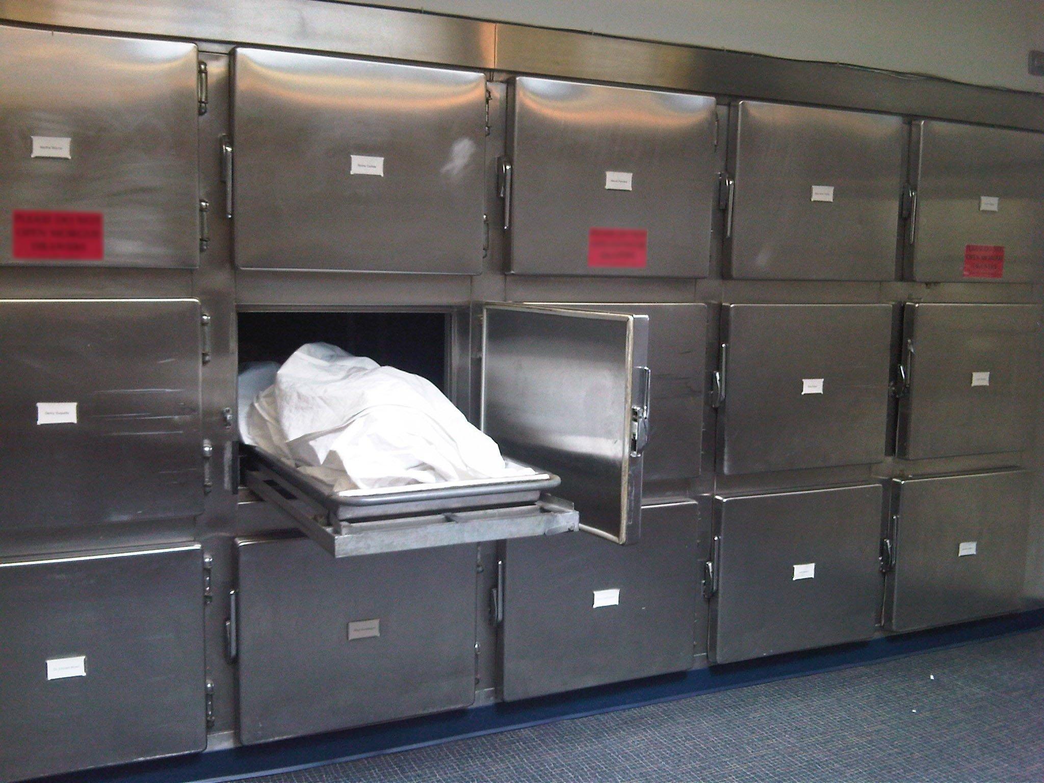 Из-за сверхнагрузок на патологоанатомов в Челябинских моргах больше недели не выдают тела родственникам