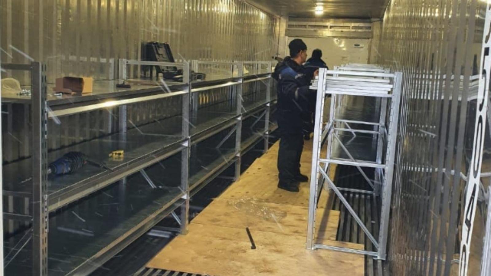 В Барнауле установили рефрижиратор для хранения трупов, чтобы разгрузить морг