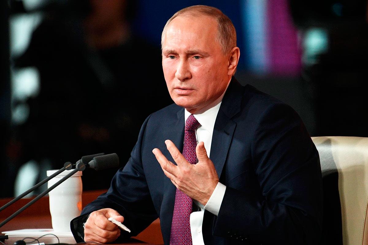Путин предложил платить студентам, задействованным в борьбе с коронавирусом