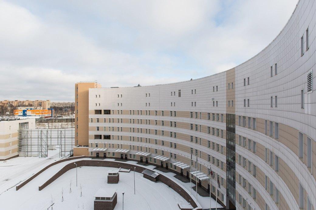 В Петербурге Боткинская больница на 99% заполнена пациентами с коронавирусом